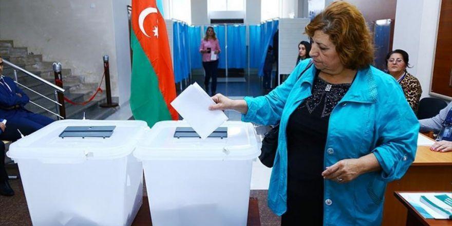 Azerbaycan Anayasa Değişikliği İçin Sandık Başında