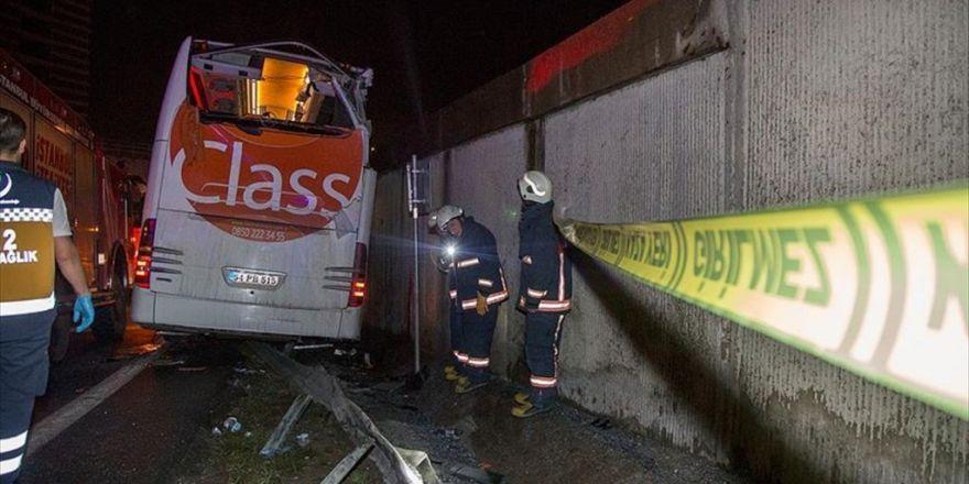İstanbul Otogarı Girişinde Kaza: 1 Ölü, 2 Yaralı