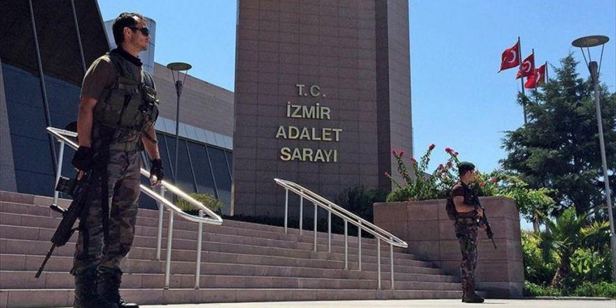 Fetö'nün Firari İmamının 'Silahla Tehdit'ten Cezası Çıktı