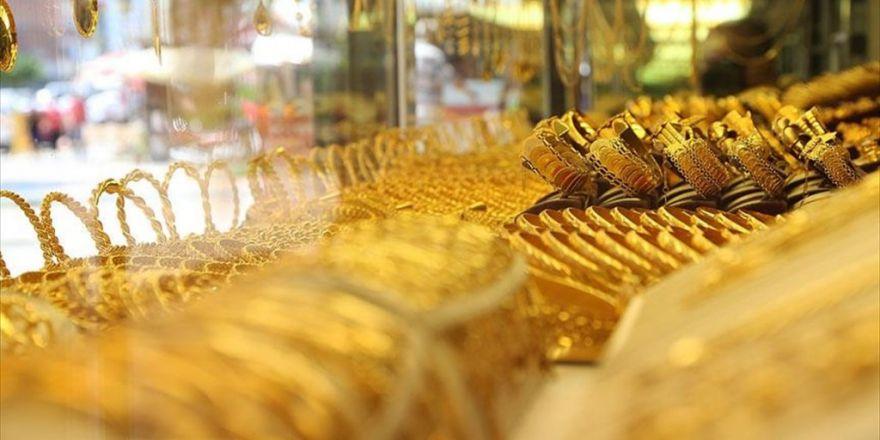 Gram Altının Fiyatı Moody's Öncesine Döndü