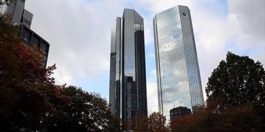 Deutsche Bank'taki Kayıplar Rekor Yeniledi