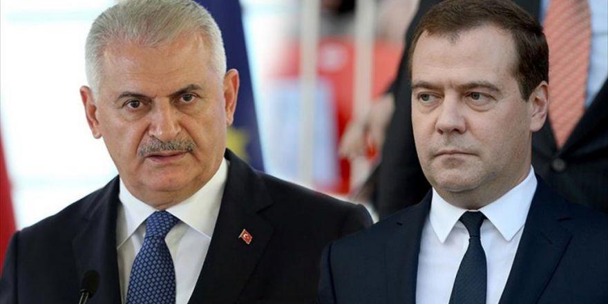 Başbakan Yıldırım Medvedev ile  Görüştü