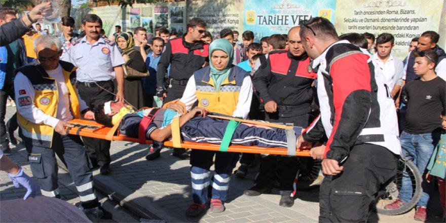 Konya'da tramvay yoluna düştü