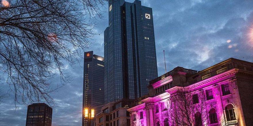 'Abd İle Deutsche Bank 5,4 Milyar Dolarlık Anlaşmaya Yakın'