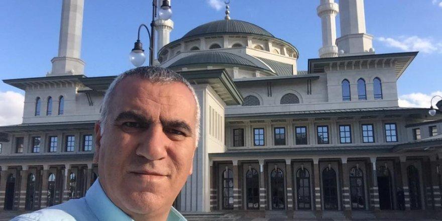 Mazhar Peker, Millet Camii'nde