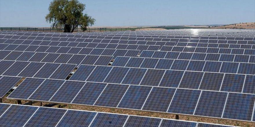 Güneş Enerjisinde 1,5 Milyar Dolarlık İlk İhale Konya'da