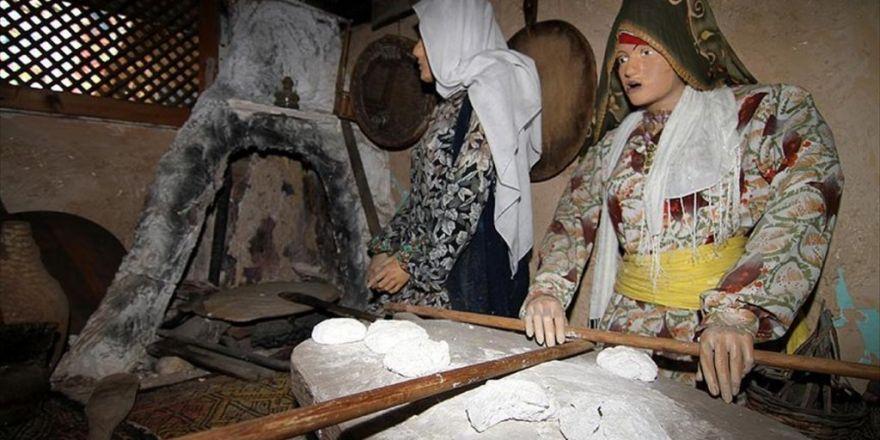 Kültürlerini 'Kişisel Müzeler' İle Tanıtıyorlar