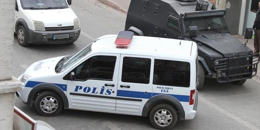 Adana'da Bombalı Saldırı Hazırlığındaki 5 Pkk'lı Yakalandı