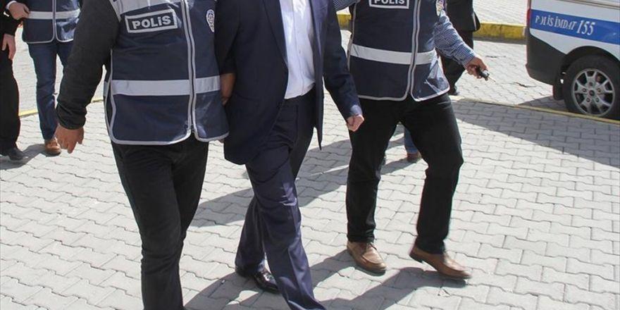 Ege Üniversitesinde Fetö'den 15 Gözaltı
