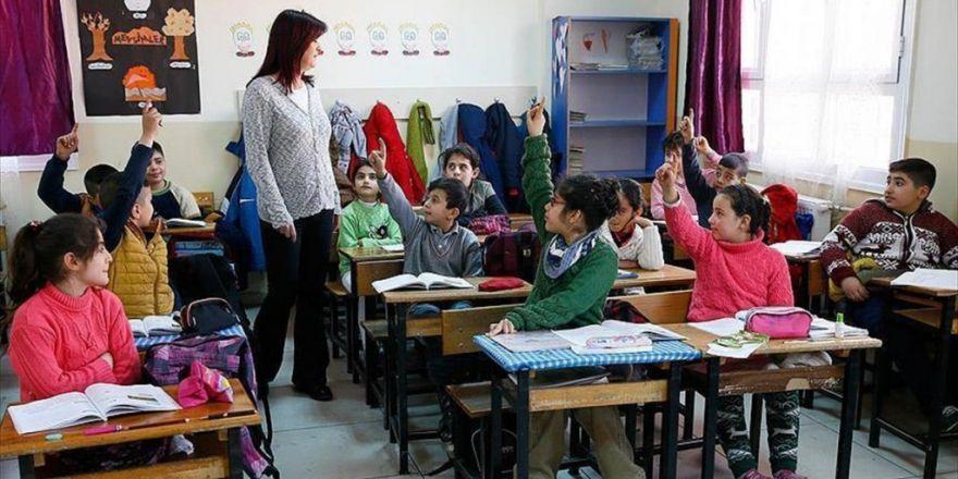 'Tekli Eğitim İçin 2 Bin 500 Yeni Okul Gerekiyor'