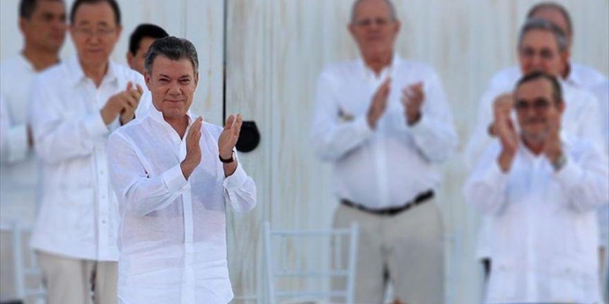 Nobel Barış Ödülü Kolombiya Devlet Başkanı Santos'un