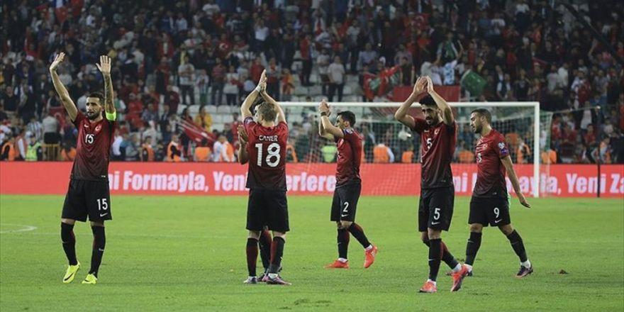 A Milli Futbol Takımı İlk Galibiyet Peşinde