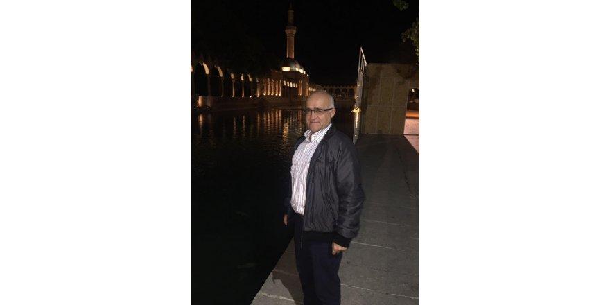 Prof. Dr. Gönen Urfa'da  Balıklı Göl Dergâhta