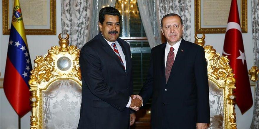 Erdoğan, Venezuela Devlet Başkanı Moros'la Görüştü