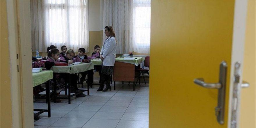 Meb 20 Bin Sözleşmeli Öğretmeni Bugün Atayacak