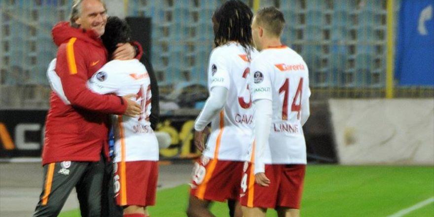 Galatasaray Teknik Direktörü Riekerink: Mustafa Kapı Gayet İyi Bir İş Çıkardı