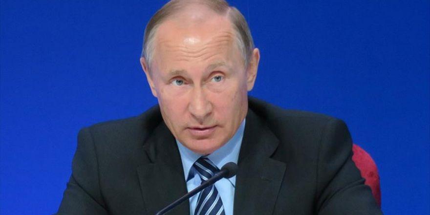 Putin Fransa Ziyaretini İptal Etti