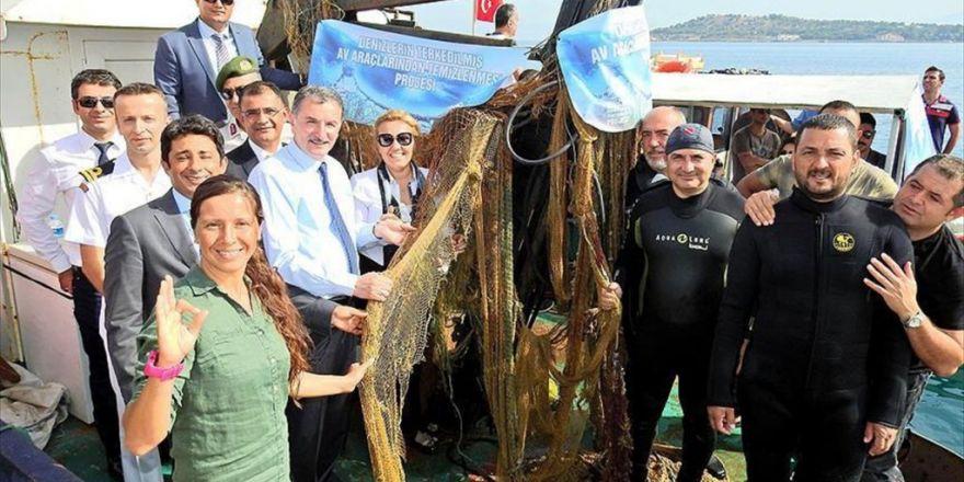 İzmir'de 'Hayalet Ağ' Temizliği