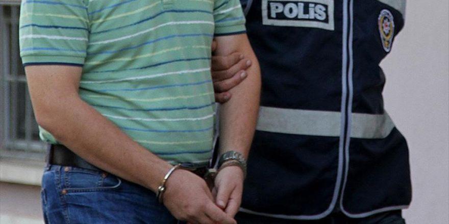 Fetö'den Aranan 2 Avukat Kuşadası'nda Yakalandı