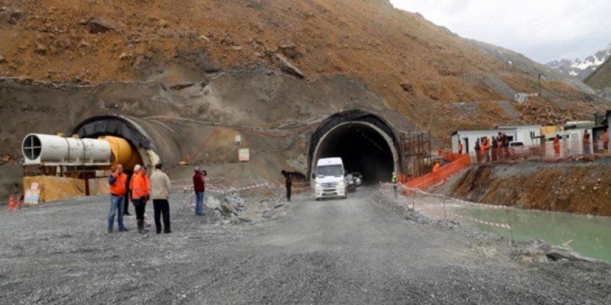 Türkiye'nin en uzun tünelinde son 90 metre