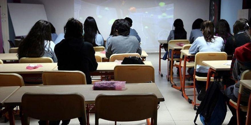 53 Okul Kapatılan Kuruluşlar Arasından Çıkarıldı