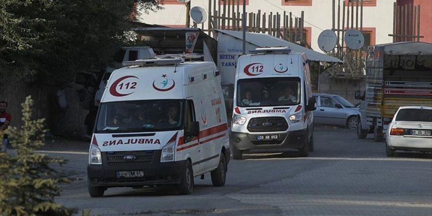 Hakkari Ve Van'da Terör Saldırısı: 12 Asker Yaralı