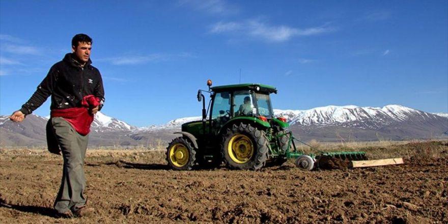 Çiftçinin Kullandığı Mazotun Yarısını Devlet Karşılayacak