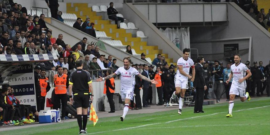 Deplasmanda 3 Puan Beşiktaş'ın