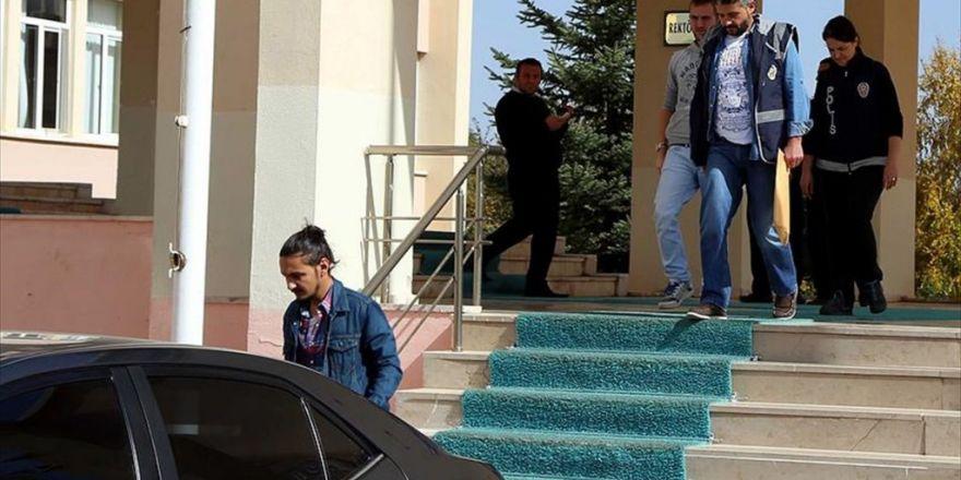 'Bylock' Kullanan 7 Öğretim Görevlisi Tutuklandı