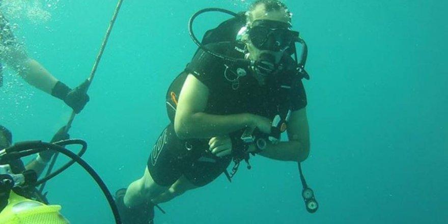 Büyükşehir itfaiyecileri 30 metre suyun altındalar