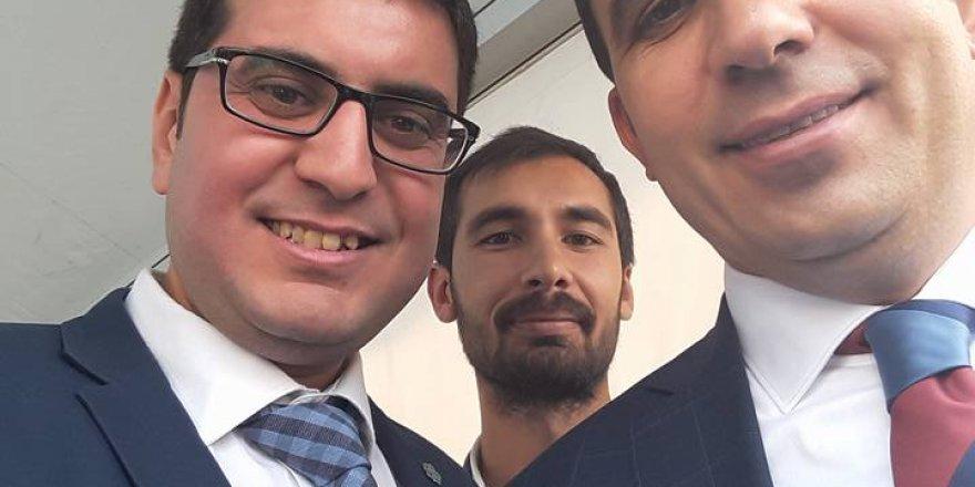 Başkan Altay ve Rafet Baştürk'ün yüzü gülüyordu