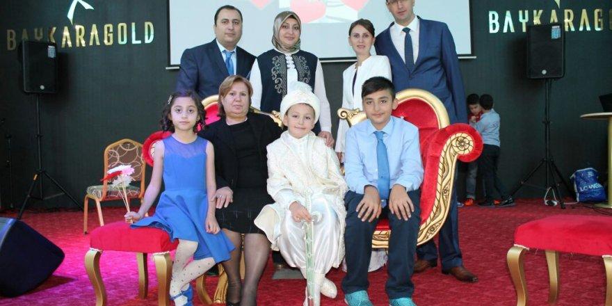 Ayşe ve Ömer Topuz çiftinin oğlu Ali Miraç Erkekliğe ilk adımını attı