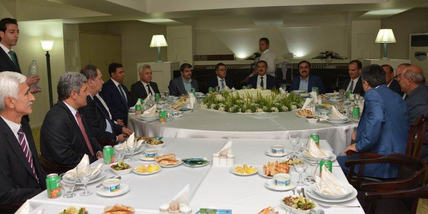 Rektör Şahin, oda başkanları ile buluştu