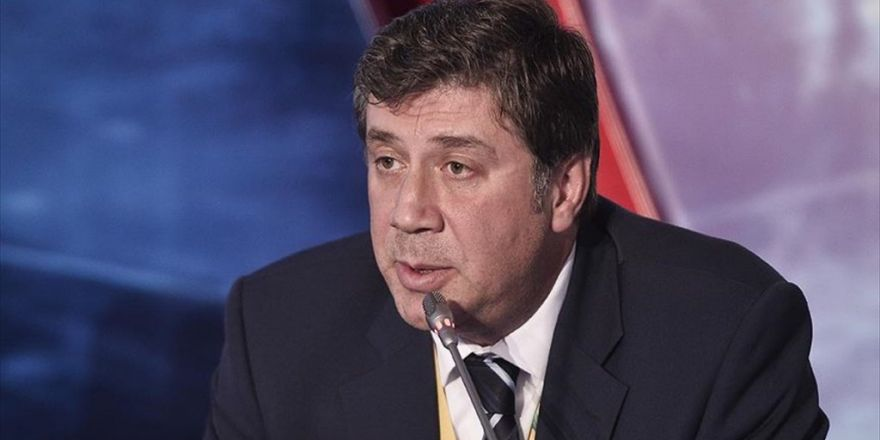 'Türk Akımı Tanap'a Rakip Değil'