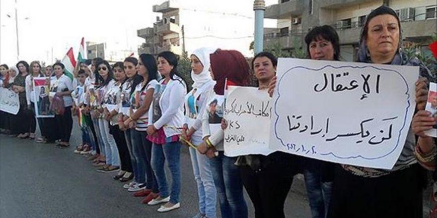 Suriye'de Kadın Ve Çocuklardan Pyd/pkk Protestosu