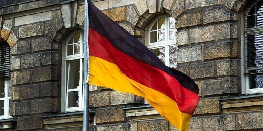 35 Diplomatik Pasaport Sahibi Almanya'ya İltica Başvurusu Yapmış