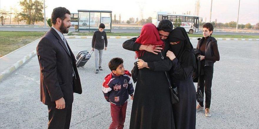 Savaşın Parçaladığı Aile Yeniden Bir Arada
