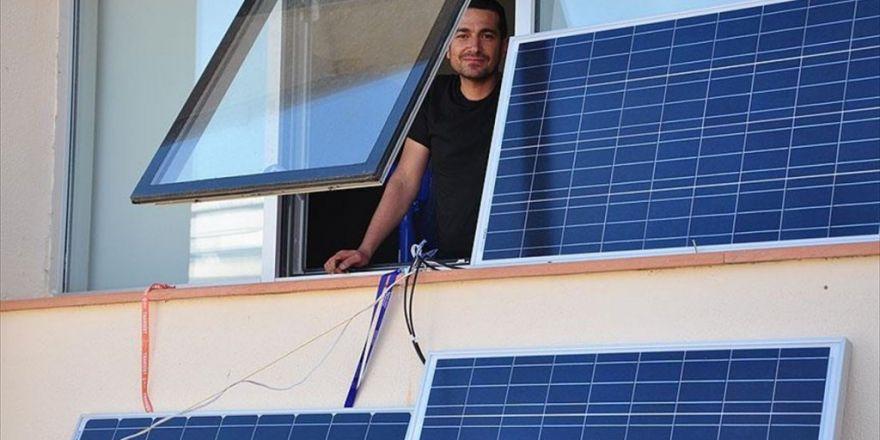 Elektrikli Cihazlarının Enerjisini Güneşten Sağlıyor