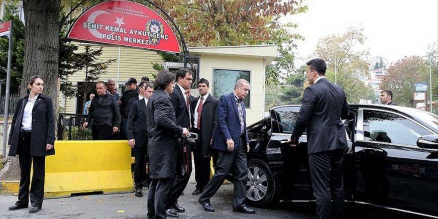 Cumhurbaşkanı Erdoğan'dan Polis Merkezine Ziyaret