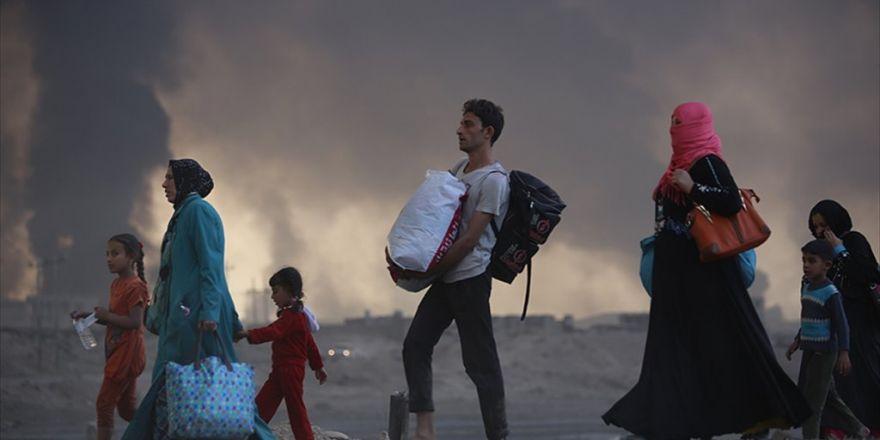 Musul'da Kurtarılan Bölgelerden 3 Bin 802 Kişi Göç Etti