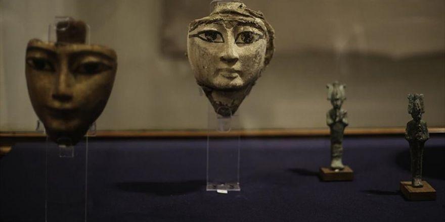 Mısır'da Kaçakçıların Elinde Yakalanan Tarihi Eserler Sergileniyor