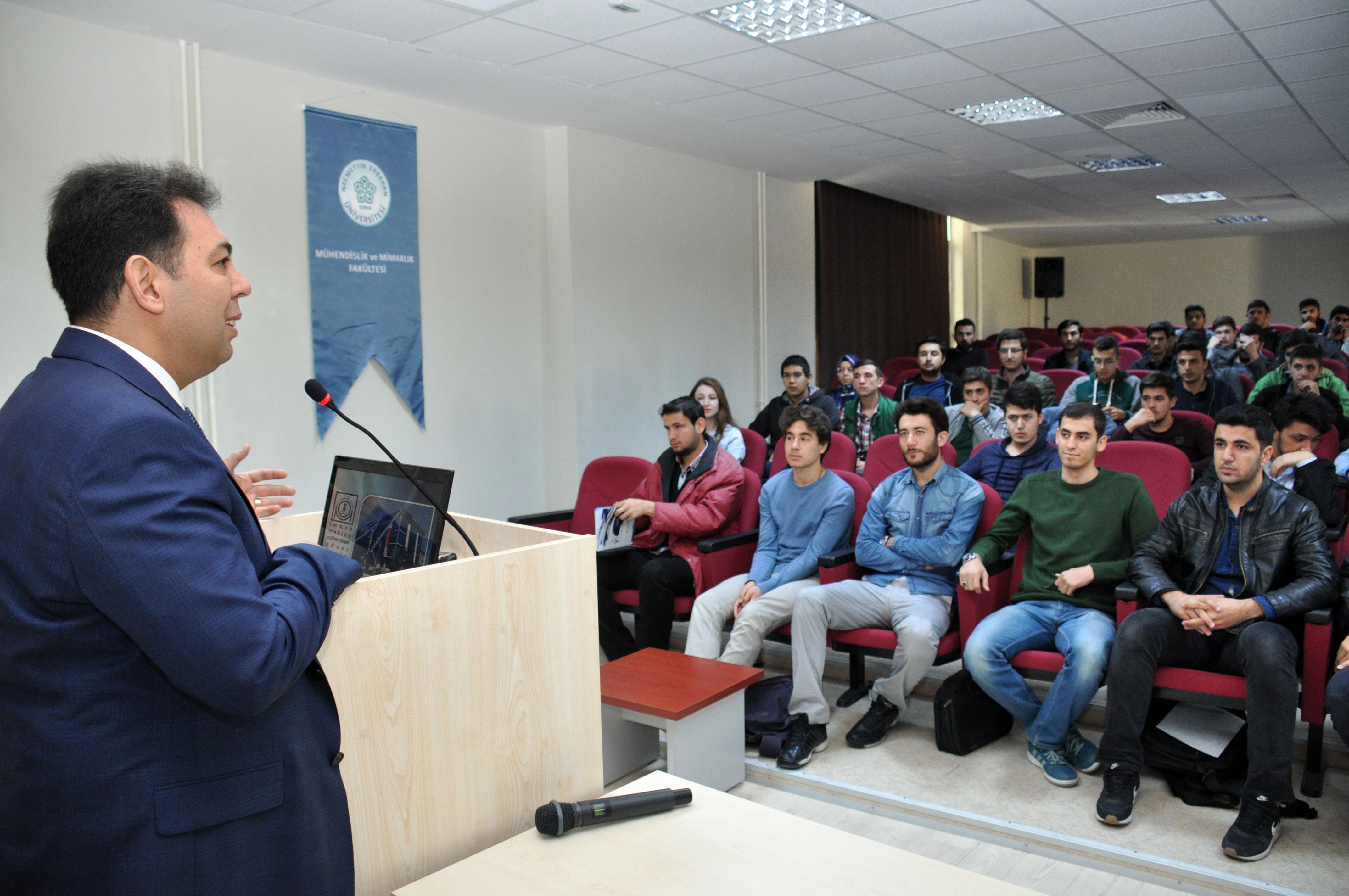 Duransoy, NEÜ'de öğrencilerle buluştu