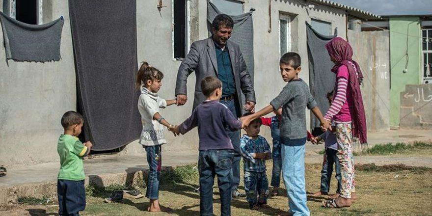 Arazisini Sığınmacılara Açtı