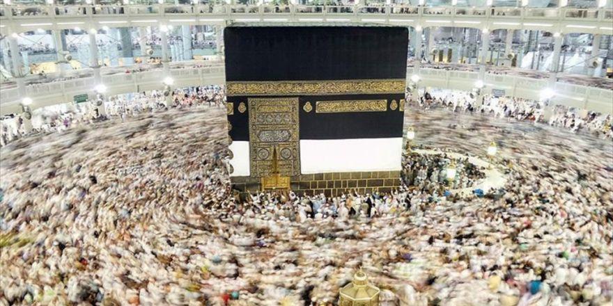 'Suudi Arabistan İkinci Umreden Fazla Para Alıyor'