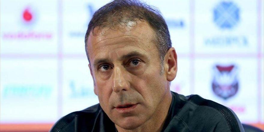 Medipol Başakşehir Teknik Direktörü Avcı: Yerli Oyuncuya Verilecek Önem Türk Futboluna Katkı Sağlar