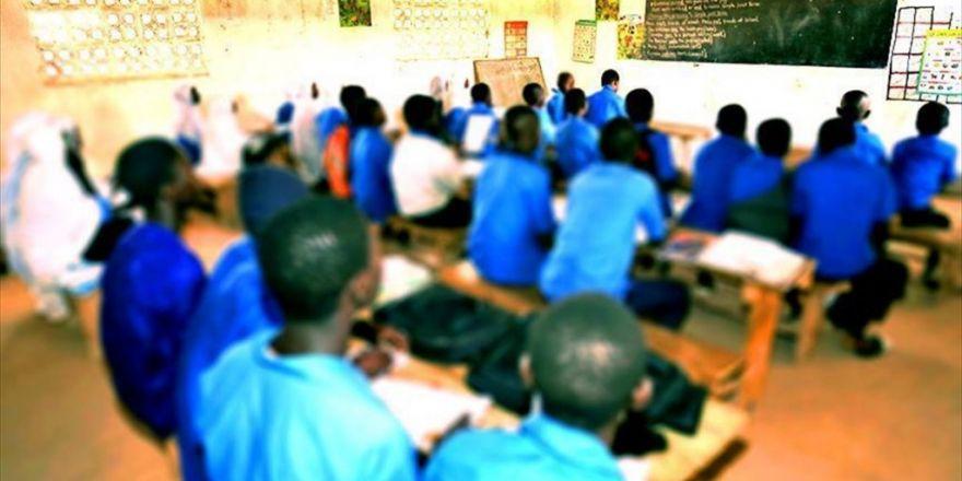 Afrika'da Bir Ülke Daha Fetö'nün Okullarını Devrediyor