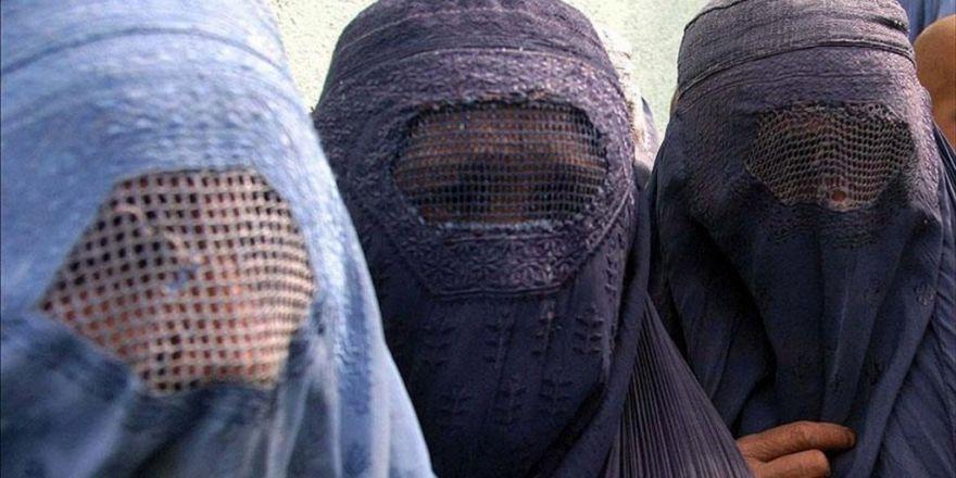 """Hollanda Başbakanı Rutte: """"Burka yasağı er ya da geç uygulamaya geçecektir"""""""