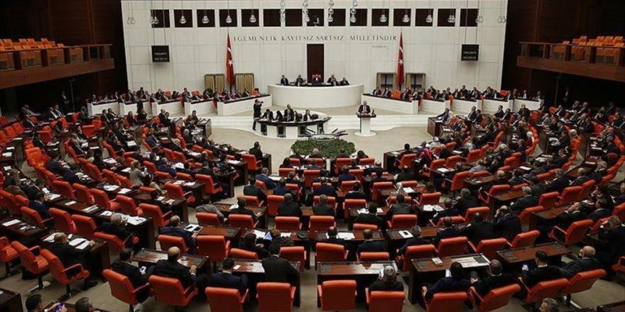 Anayasa Değişikliği Teklifinin Dördüncü Maddesi Görüşülüyor