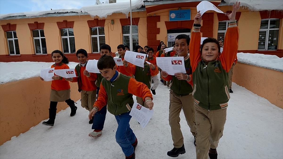18 milyon öğrencinin tatil heyecanı