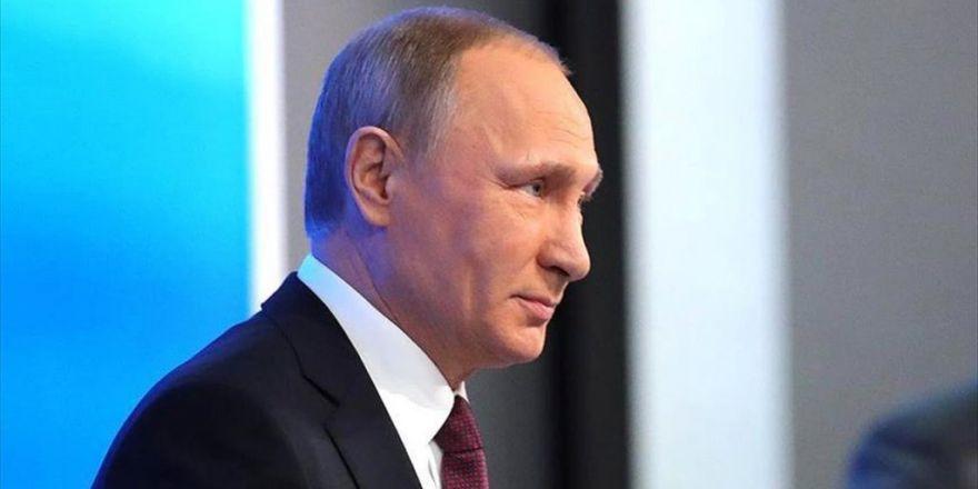 Rusya Devlet Başkanı Putin: Abd'de Seçimlere Rağmen Devam Eden Bir Mücadele Gözlemliyoruz